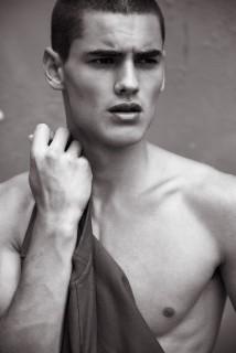 Caspar Thomas Photo